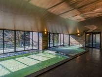 6階大浴場「浮雲の湯」。泉質はナトリウム-塩化物泉で筋肉痛や関節通に良いと言われています