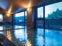 広々とした大浴場と露天風呂で小涌谷の湯を心ゆくまで満喫