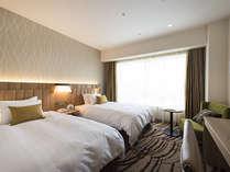 ≪プレミアツイン/27.9平米≫2017年4月28日オープン新館のお部屋。高級感漂うリラックス空間