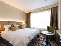 ≪プレミアダブル/25.8平米≫2017年4月28日オープン新館のお部屋。160cm幅のベッドでゆったりと。