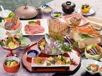 「彩り会席」目でも楽しめる彩り鮮やかなお料理が並びます(一例)