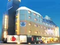 ・【ホテル外観】高知駅より徒歩3分のところにございます