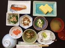 2食付お手軽プラン(浴衣、タオル別料金)新庄市まで車で40分でビジネス、観光にも便利です。
