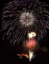 春を告げる大輪の花火「艸原祭」&いもり池の「水芭蕉祭」