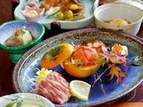 温泉で癒されよう【スタンダード】夕食は夢龍胆創作料理で!朝はしっかり和食を