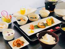 【ASAGE】朝餉 夕食はおもいのままに朝食付き