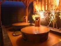 【露天風呂壺湯】源泉を贅沢に一人締め。外の風にあたりながら。