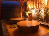 【源泉かけ流し温泉 海神の湯】露天風呂壺湯。 ゆったりと源泉を贅沢に一人締め。