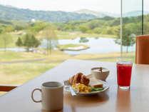 グリーンビューを眺めながらご朝食。