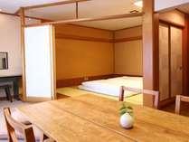 【竹の館】広々とした寝室。3~4名様までご宿泊できます。