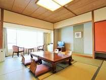 【オーシャンビュー】和室10畳 (禁煙タイプ=6・8階、喫煙タイプ=4・5階)