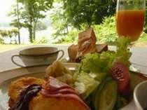 洋食朝食の一例です。