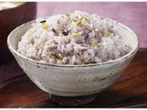 ビタミンB1が豊富な五穀米。ダイエットや美容効果も得られると話題に♪の画像