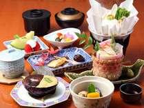 *天然水で作られた美味しい豆腐を使ったカロリー控えめヘルシー料理。女性に嬉しいメニューです。
