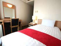 シングルルーム  広さ13平米 ベッド幅100cm