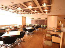 朝食会場「神戸ポートキッチン」の店内です♪