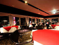 13Fレストラン・バー神戸倶楽部。夜景を見ながらディナーやお酒を楽しめます♪