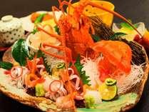『伊勢海老プラン』部屋食でプリップリの甘い伊勢海老の刺身!朝食では伊勢海老の味噌汁を堪能!