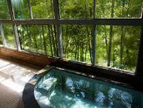 【男湯】展望風呂で吉野川を眺めながら湯ったり疲れをお取り下さい