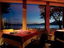 夕食はレストラン「azzurro」で