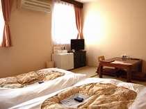 和室【約20平米・和布団x2】やっぱり落ち着く6畳一間、畳の客室