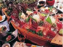 【期間限定】伊勢えび一人一匹付き舟盛りプラン朝夕お部屋食