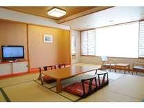 和室8畳~12畳です。ご家族、お仲間でご利用ください!