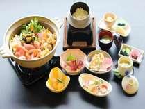 長岡野菜たい菜入りの鍋がメインの和食会席コース