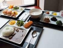 日替わり軽食プレート日替わりで1種類を提供いたします。