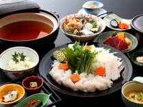 市場で最高級と評される淡路島の天然活鱧を、特製の割り下でいただく郷土料理「鱧すき鍋」≪料理イメージ≫