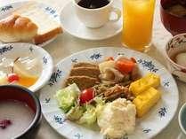朝食バイキング盛りつけ例
