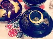 お味噌汁のお椀は漆のお椀!お目覚めのお味噌汁は格別ですね!