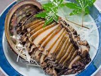 *【特選料理/アワビのお刺身】サザエ・アワビは常に生きたまま準備!鮮度が違います!