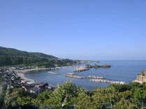 *【和室/2F眺望】晴れた日には、溶け合うように青い空と海を見ることができます。