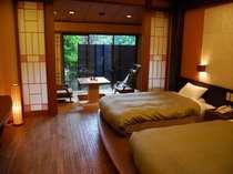 露天風呂付き客室にてゆったりとプライベートなお時間をご満喫ください。