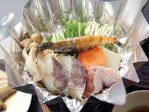 ご夕食のメニューは板長にお任せください♪季節の料理をリーズナブルにお腹いっぱい(≧▽≦)