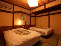 *【離れ】寝心地快適なシモンズのツインベッドをご用意しております。