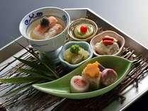 【夕食グレードアッププラン】贅沢に!季節の懐石料理を堪能(夕朝食付)