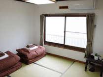 4.5畳和室(個室)冷暖房完備。新畳の気持ち良いお部屋です。