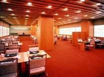 「和食堂 山里」 新鮮な海、山の幸を素材に使った季節感あふれる会席料理や鍋料理をお楽しみ頂けます。