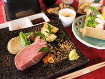 【飛騨牛ヘレコース】シンプルな調理法だからこそ愉しめる鉄板焼き!
