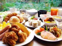 【朝食】いつも家族の健康を気遣うお母さんが、真心を込めて作る朝ご飯。そんな朝食を目指します。