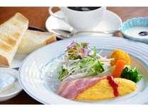 洋朝食御膳[トースト・卵料理・サラダ・ヨーグルト 等](オレンジジュース&ホット珈琲付!)