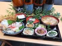福野路御膳(館内1Fレストラン「芝井川」メニュー)南砺市福野の郷土料理と新鮮刺身が味わえるセット!