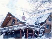 [写真]12月、クリスマス頃のパインハウス