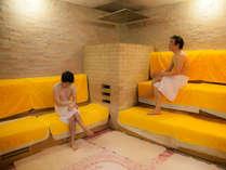 男性浴場にはオールナイト利用可能なサウナを完備^^/広々した空間にTVも設置♪♪