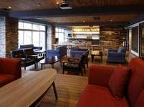 【BAR LOUNGE】宿泊されないお客様もご利用いただける空間でございます。