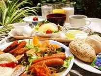 和洋バイキング朝食が無料です