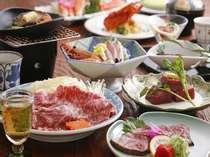 特選「味絵巻」活け鮑、伊勢海老、黒毛和牛料理3品、香住紅蟹など特選料理勢揃い。