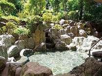 【露天風呂】自然豊かな景観と新鮮な空気を楽しめます